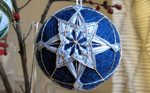 blue temari 2012 ice crystals pattern