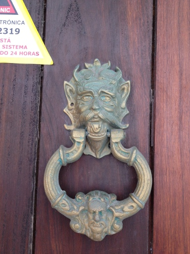 devil knocker